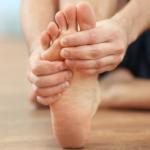 Rygg-, höft- och knäsmärtan kan bero på dina fötter