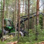 Därför lanserar 100-åringen en high-tech skogsmaskin