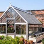 Vansta Trädgård presenterar toppmodernt växthus i nytt showroom
